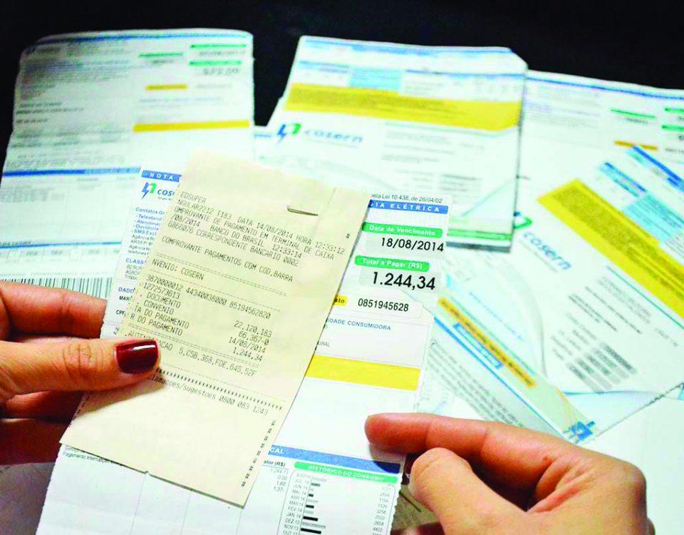 Consumidores pagaram a mais nas contas